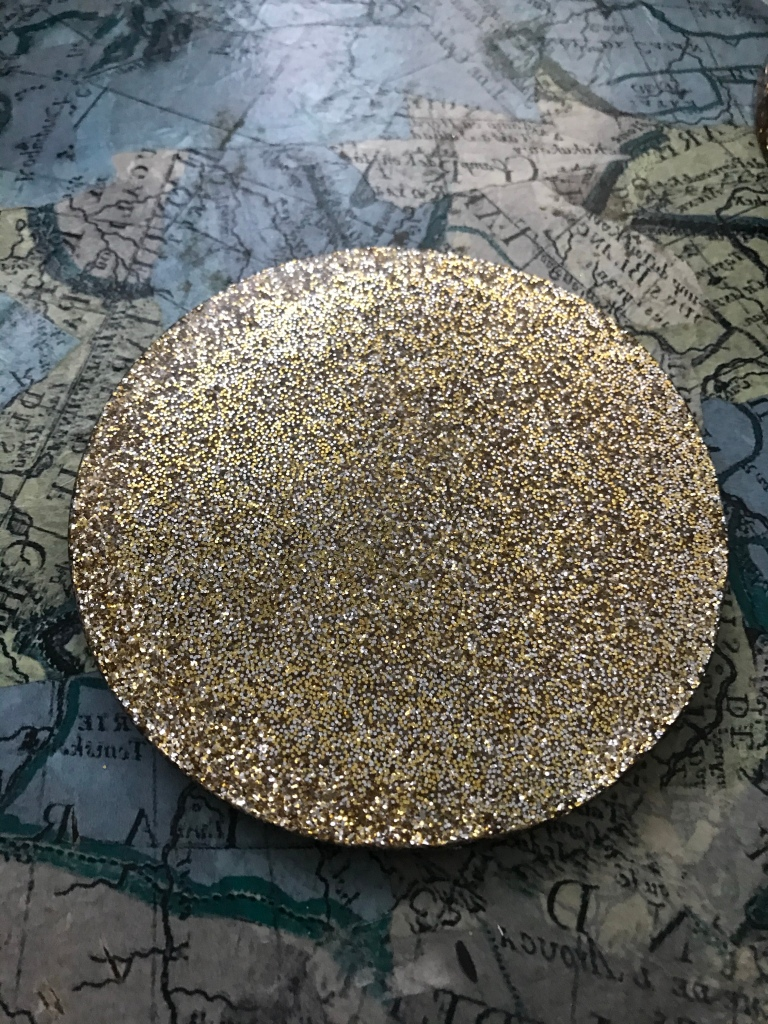 Resin jewellery box lid