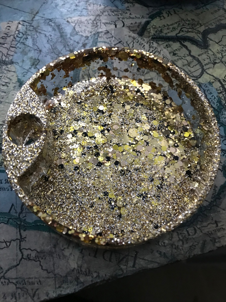 Resin jewellery box tray with gold silver glitter