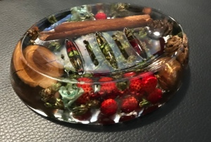 Resin Christmas soap dish
